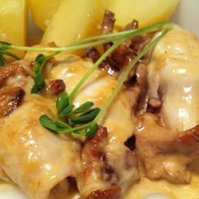 Kantarell gratinerad rödspätta med kokt potatis